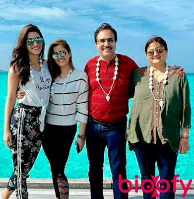 Kriti Sanon Family Bioofy