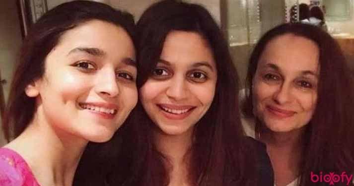 Alia Bhatt Sisters Picture