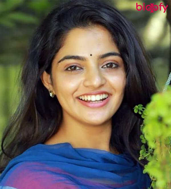 , Nikhila Vimal Biography, Age, Images, Height, Figure, Net Worth
