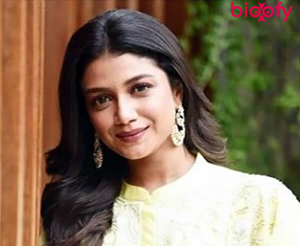 , Sauraseni Maitra Biography, Age, Images, Height, Figure, Net Worth