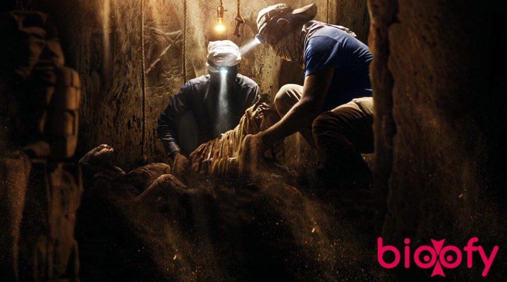 , Secrets of the Saqqara Tomb (Netflix) Cast & Crew, Roles, Release Date, Story, Trailer