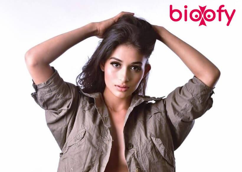 Anjali Kapoor hot