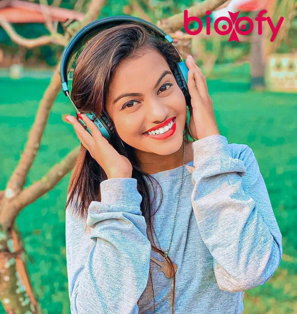 Beauty Khan bio