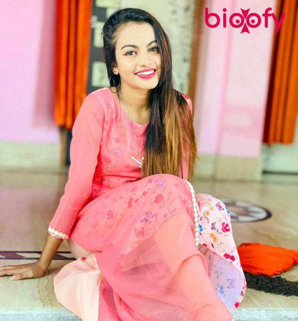 Beauty Khan cute