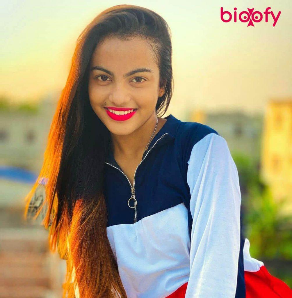 Beauty Khan sweet