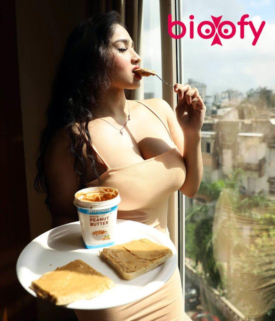 Aditi Mistry Hot Pic 876x1024
