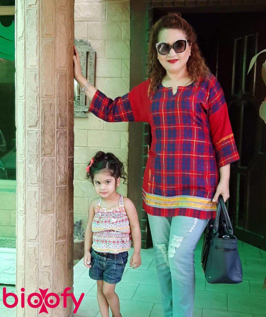 Asma Abbas Pic 861x1024