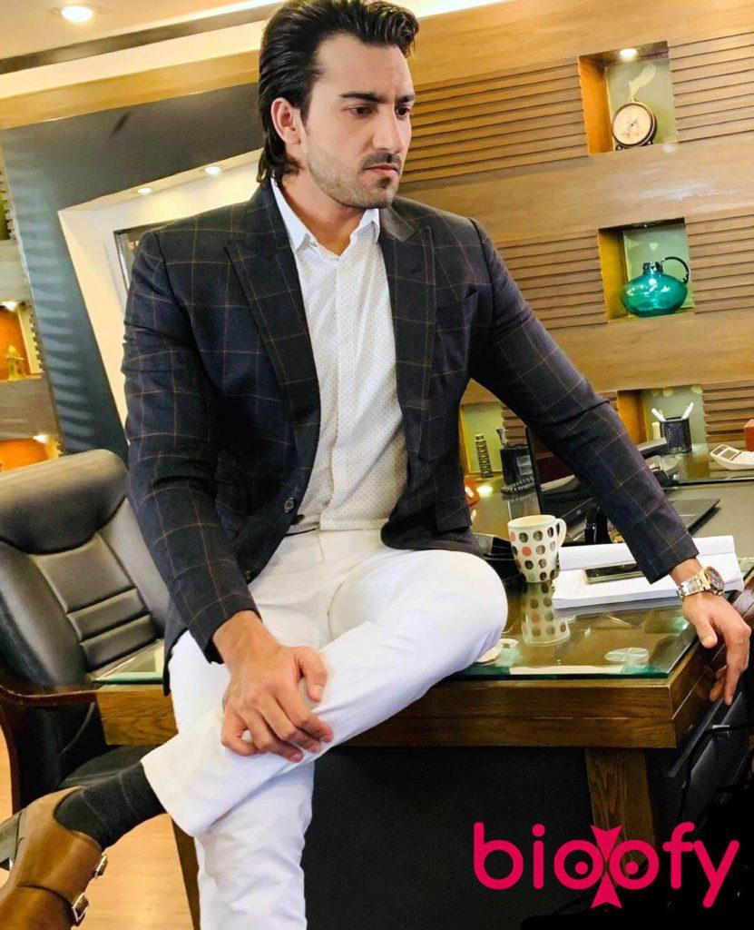 Hammad Farooqui 831x1024
