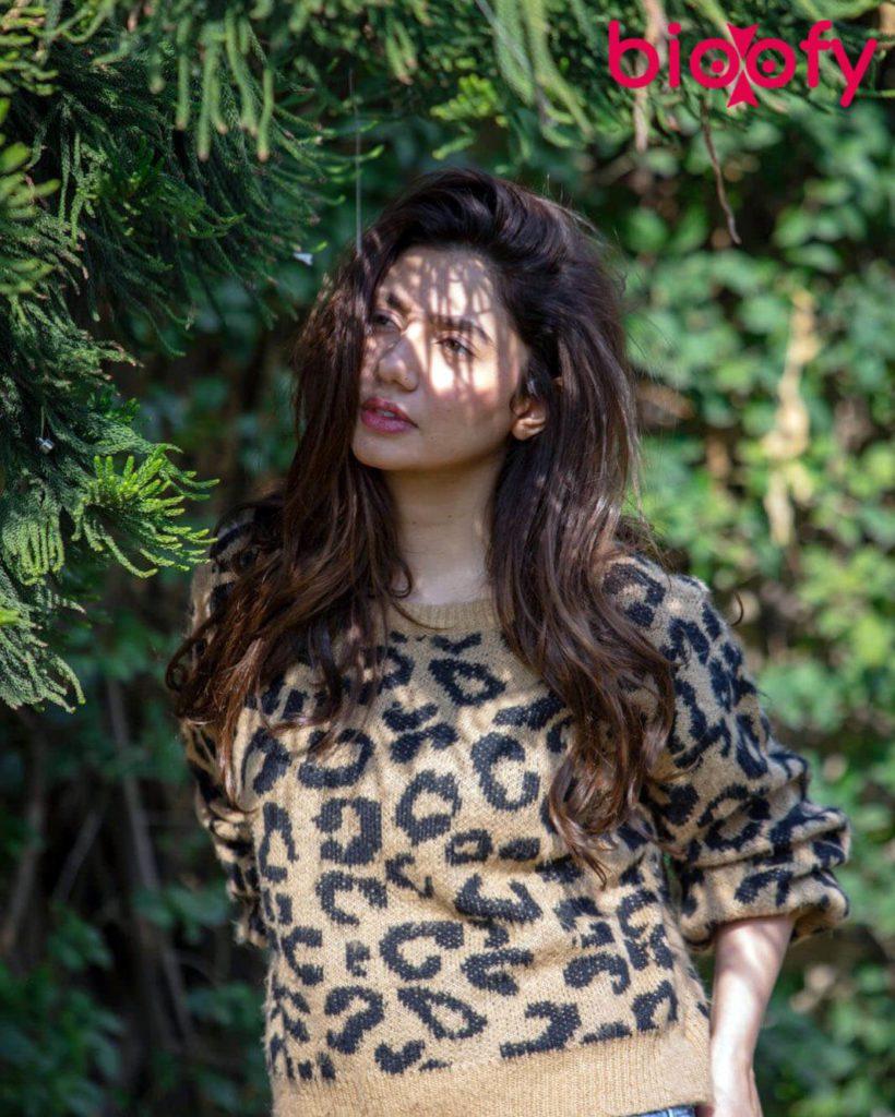 Mahira Khan Pic 820x1024