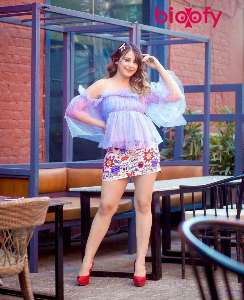 Mehak Sethi Pic 2020 831x1024