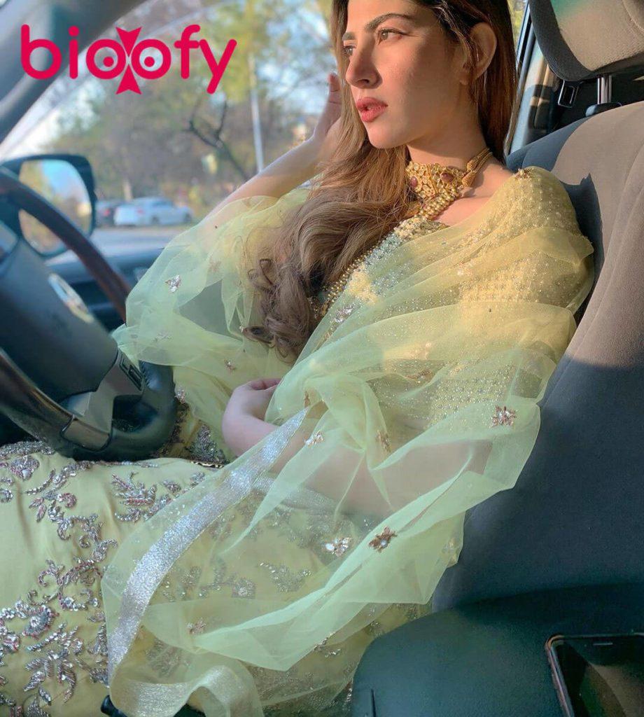 Naimal Khawar Hot 920x1024