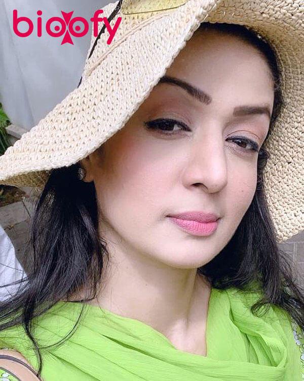Saima Qureshi Biograhy