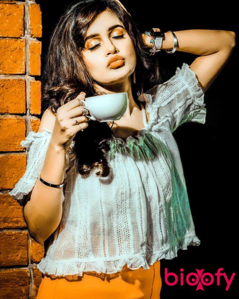 Shraddha Jaiswal 819x1024