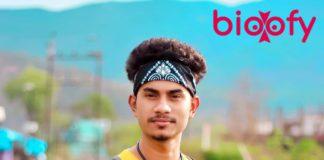 Tariq Khan Bio 324x160