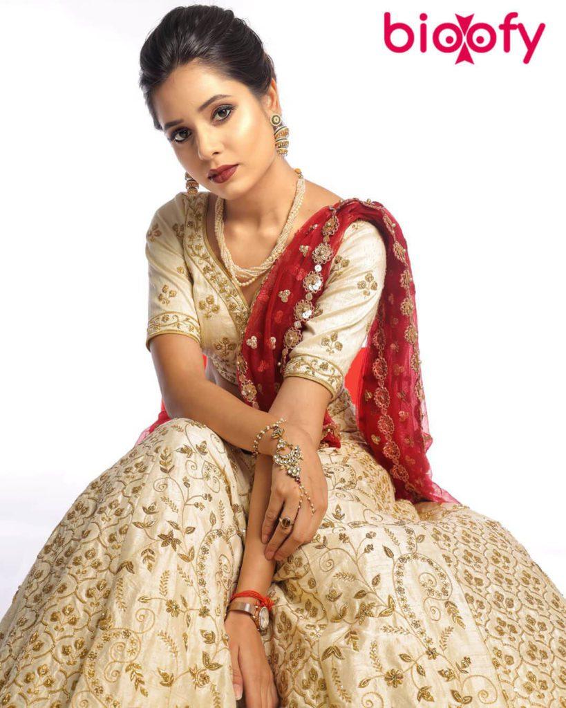 Tripti Shankhdhar Hot 819x1024