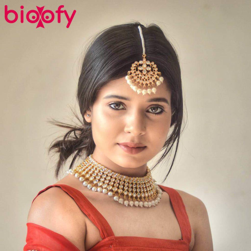 Tripti Shankhdhar Hot Pic 1024x1024