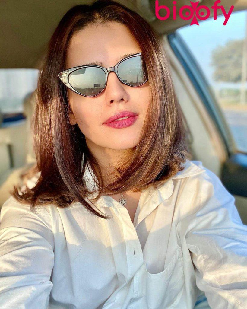 Zara Noor Abbas Picture 819x1024