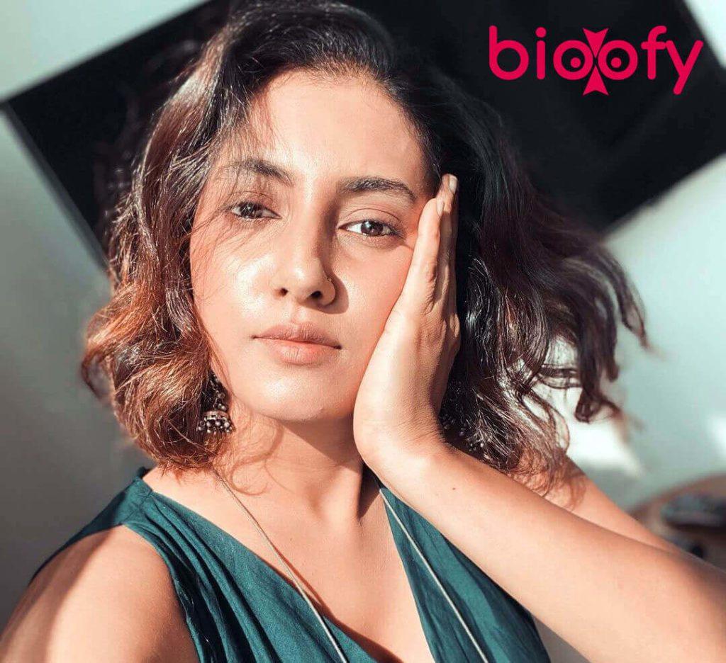Additi Gupta Image 2021 1024x936