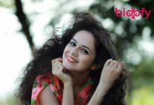 Bhagyashree Nhalve Hot 218x150