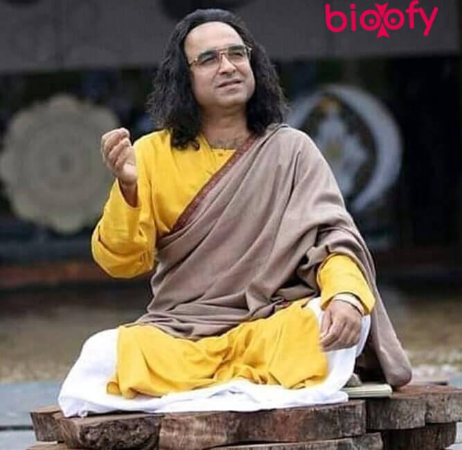 Pankaj Tripathi Yellow