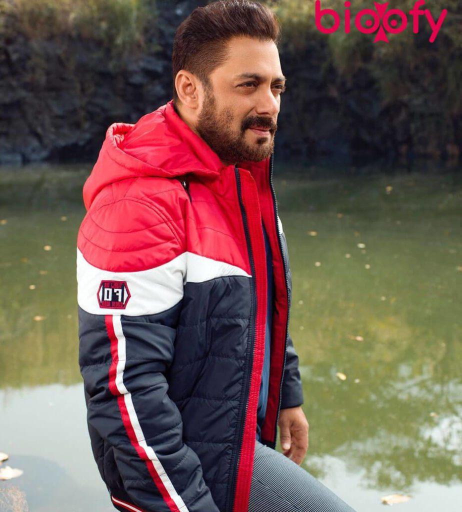 Salman Khanpicture 924x1024