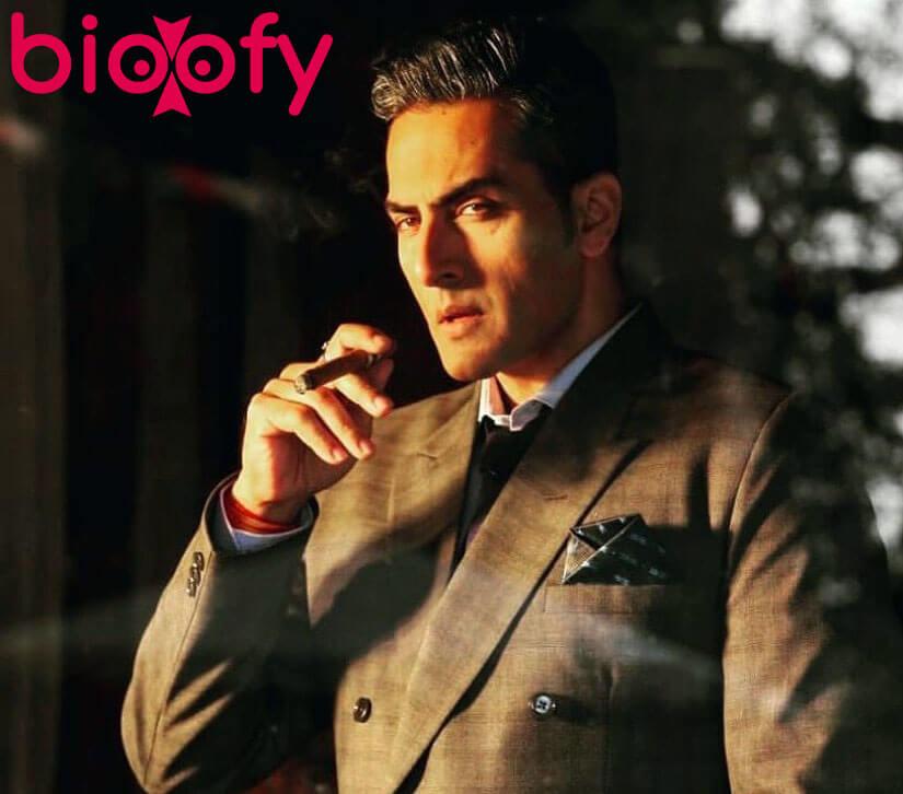 Sudhanshu Pandey Bio