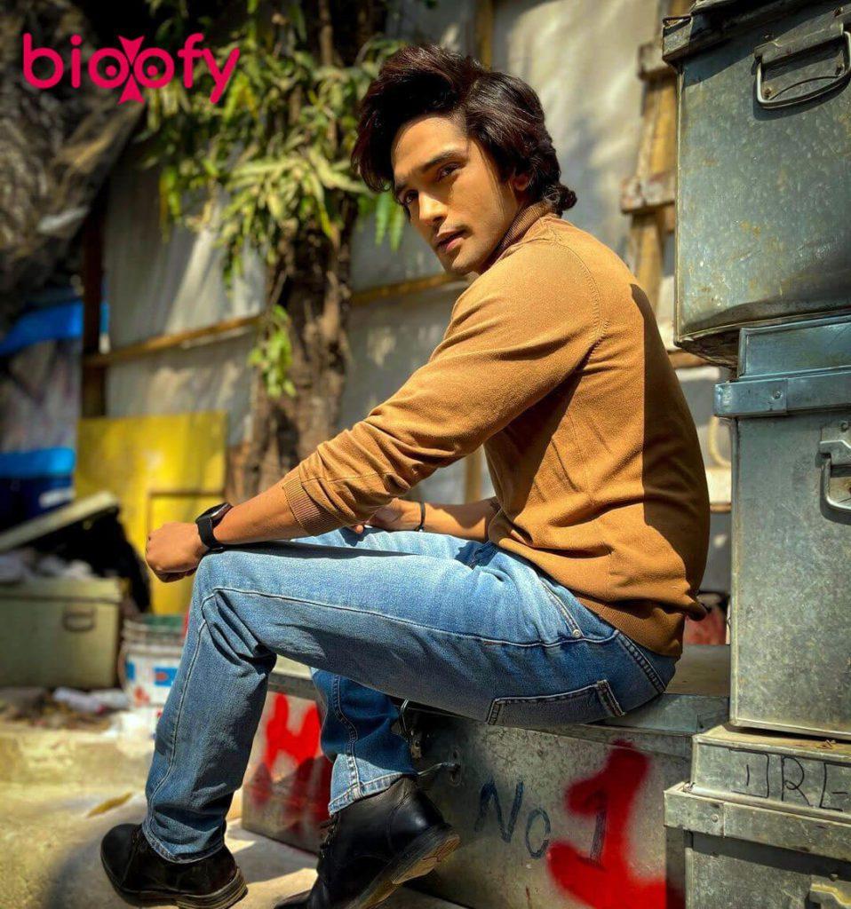 Harsh Rajput Bio 958x1024