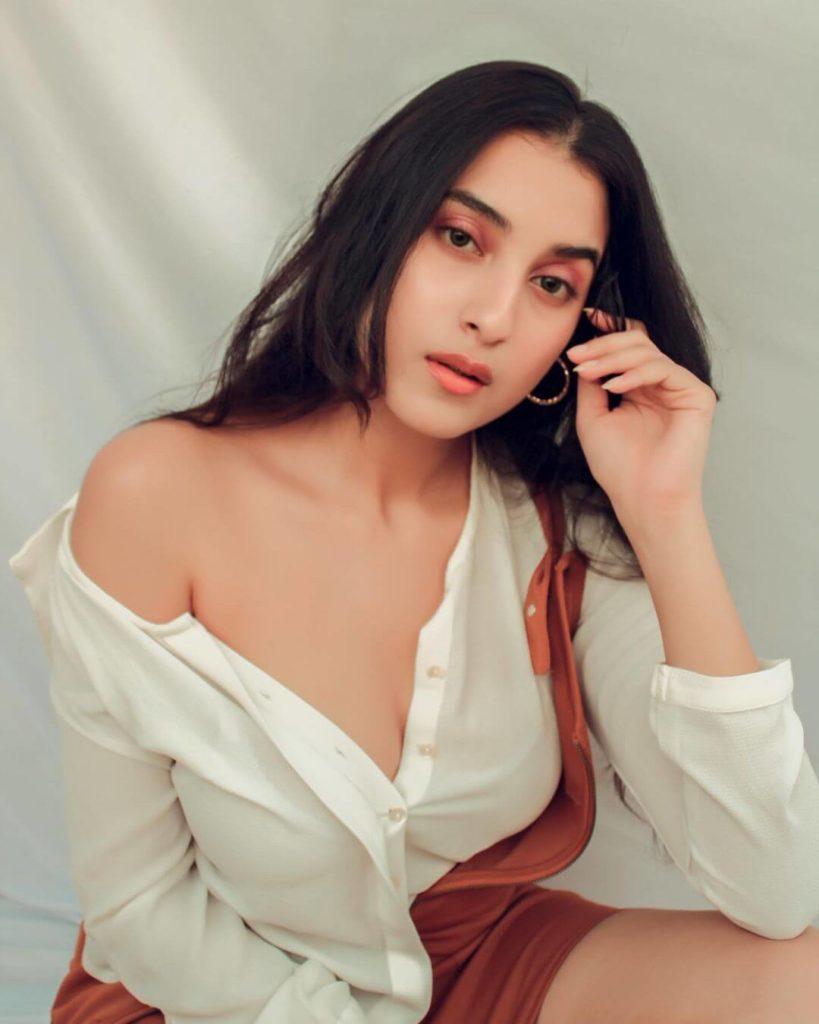 Janvi Singh, Janvi Singh Biography (Actress), Age, Family, Figure