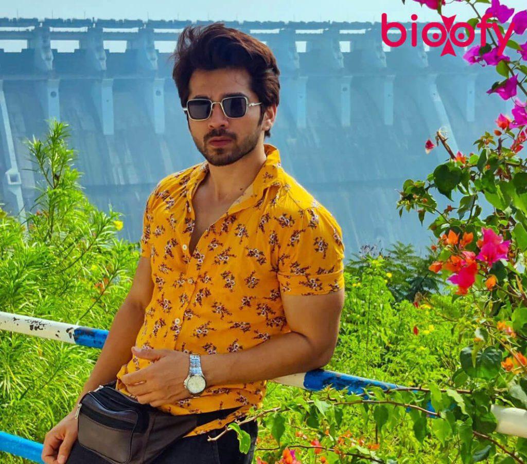 Karan Khandelwal Bioofy 1024x903