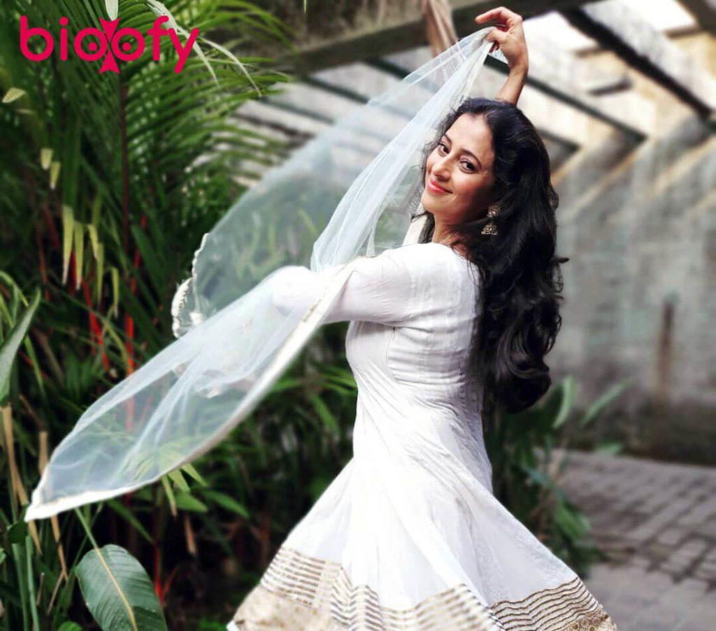 Reena Kapoor Bio 1024x902