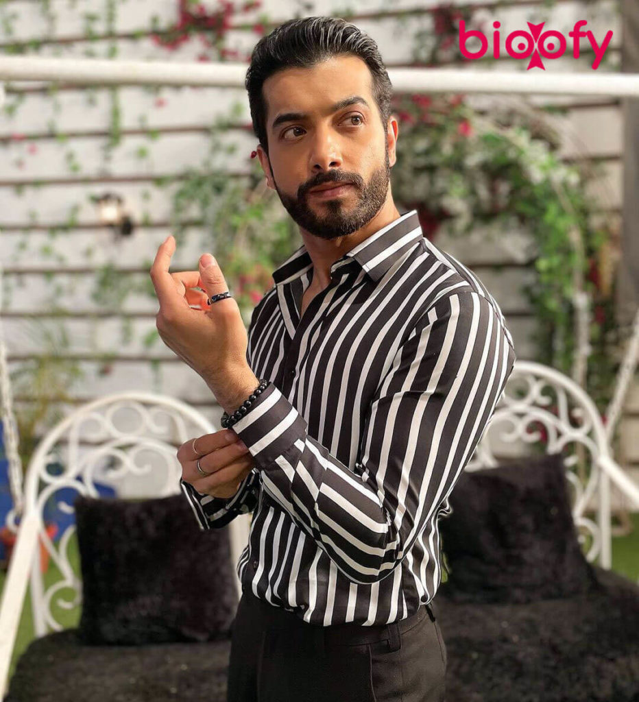 Sharad Malhotra Bio 932x1024