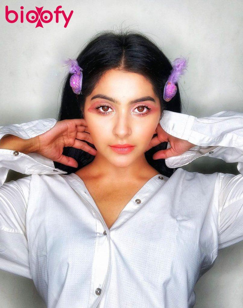 Yukti Kapoor Bio 806x1024