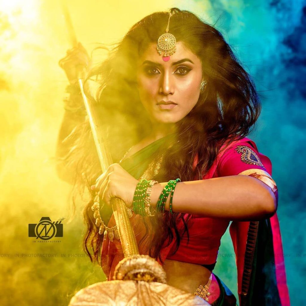 , Chandana Gowda Biography, Age, Figure, Boyfriends, Images, Net Worth