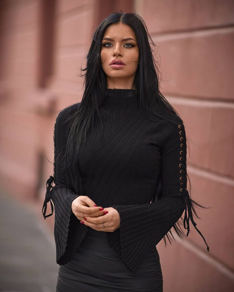, Angelique VX Biography, Age, Images, Height, Figure, Net Worth