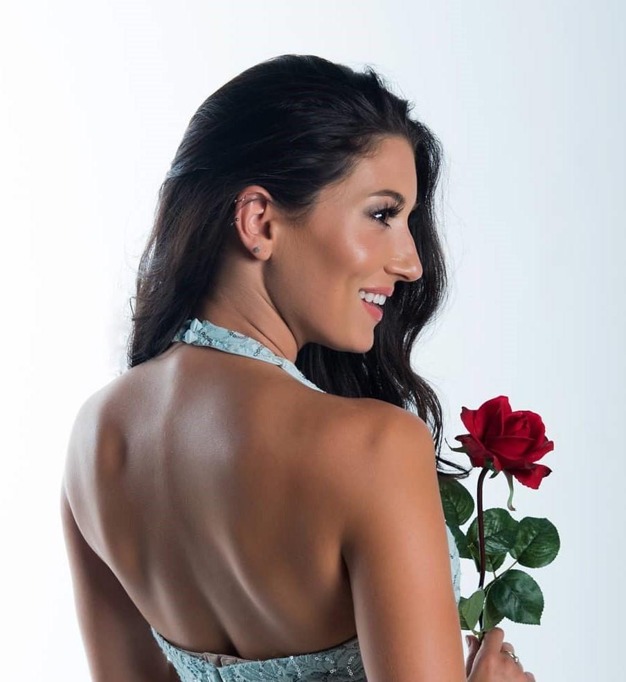 , Carol Menendez (Model) Biography, Age, Images, Height, Figure, Net Worth
