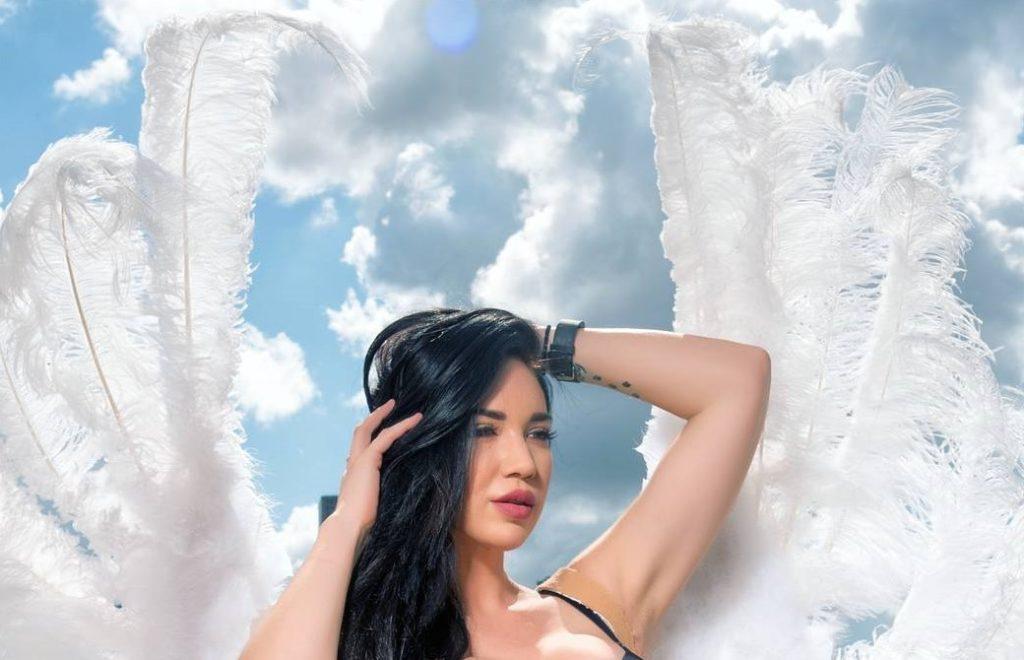 , Mandy Rochman (Model) Biography, Age, Images, Height, Figure, Net Worth