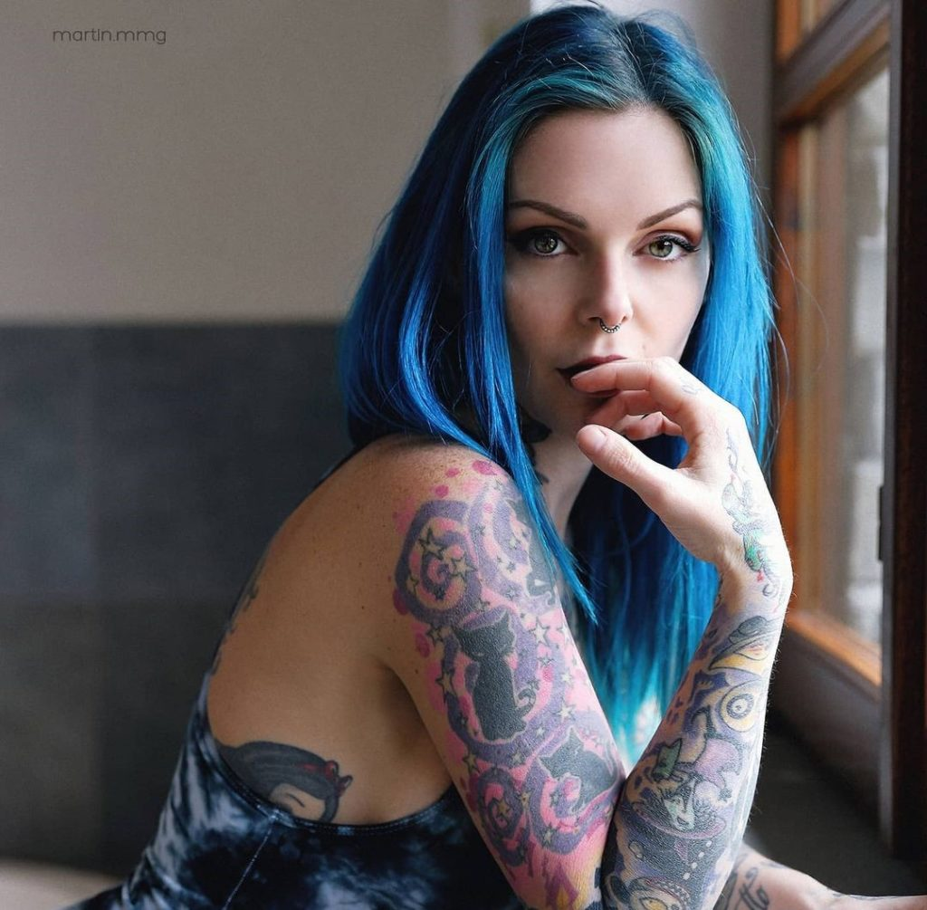 , Riae Suicide Biography, Age, Family, Love, Figure
