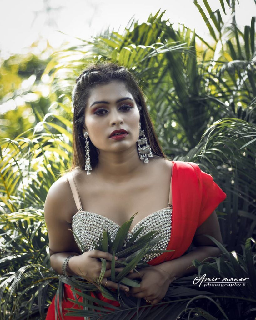 , Aaradhana Biography, Age, Images, Height, Figure, Net Worth