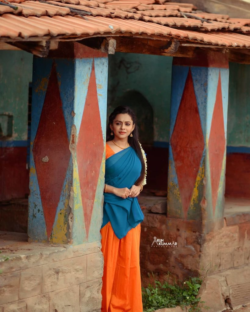 , Amrutha Rammoorthi Biography, Age, Images, Height, Figure, Net Worth