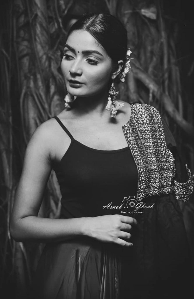 , Asheema Chauhan Biography, Age, Images, Height, Figure, Net Worth