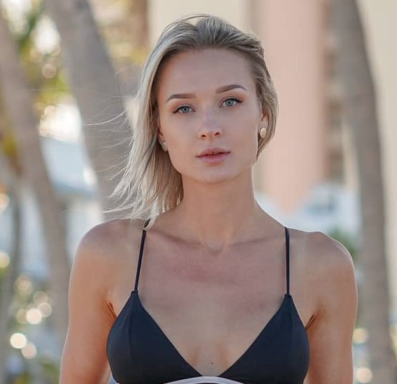 , Emelie Sveed Biography, Age, Images, Height, Figure, Net Worth