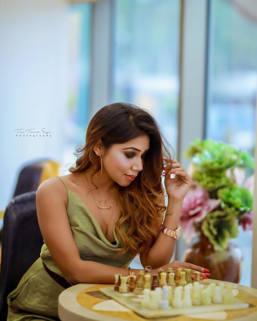 , Angel Mstyle (Meena) Biography, Age, Images, Height, Figure, Net Worth