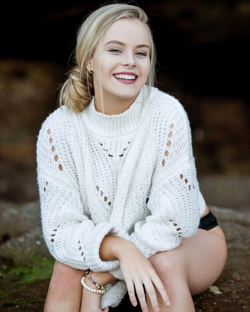 , Paige Tonkin Biography, Age, Images, Height, Figure, Net Worth