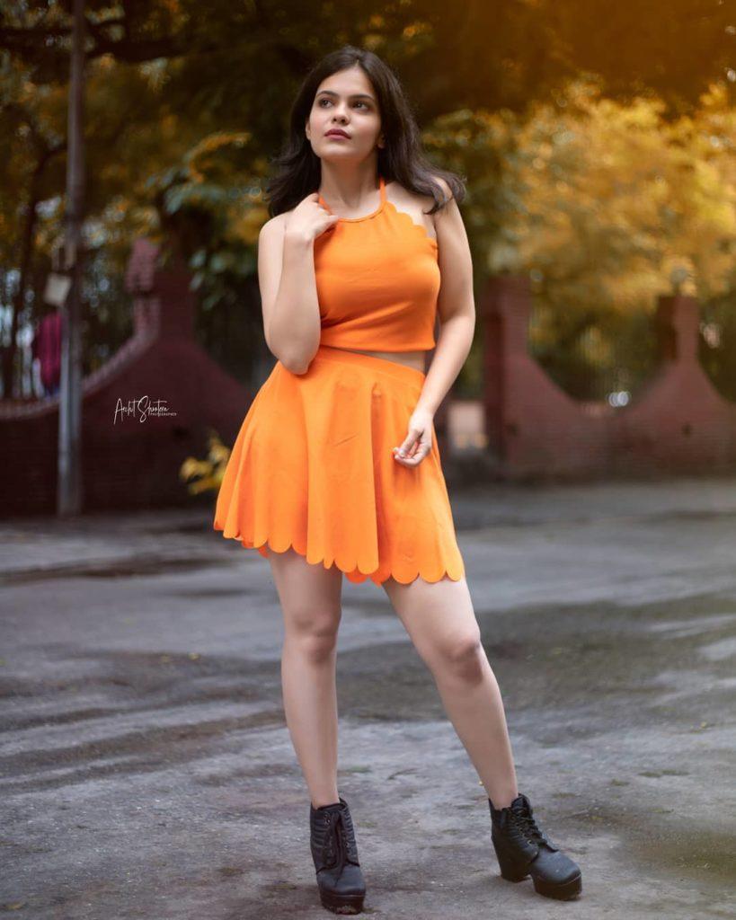 , Shreshtha Lavania Biography, Age, Images, Height, Figure, Net Worth