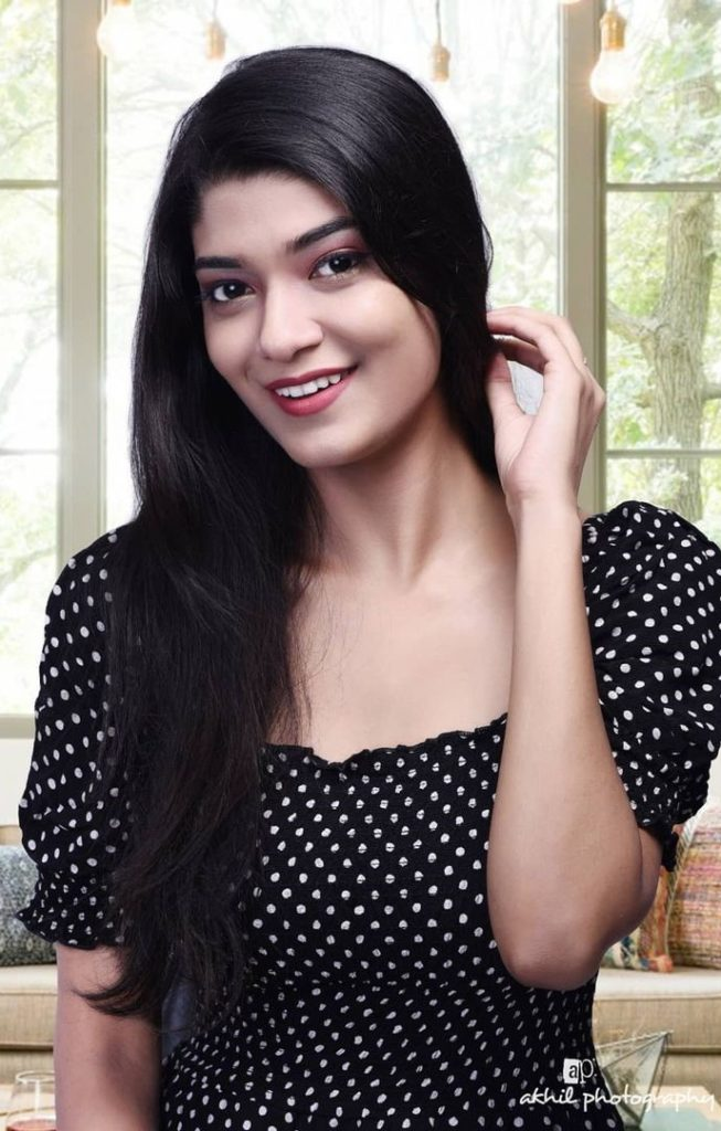 , Janklin Parida Biography, Age, Images, Height, Figure, Net Worth