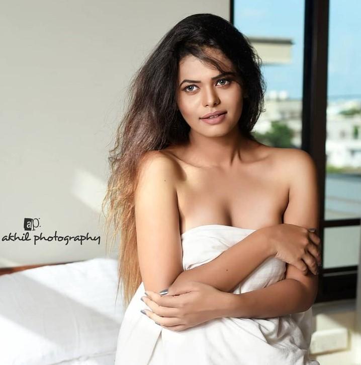 , NirajPriya Dash Biography, Age, Images, eight, Figure, Net Worth
